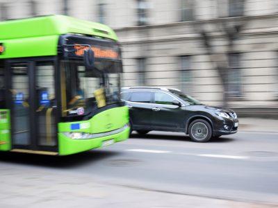 bus-2755560_1920
